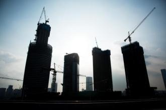 严查房企土地增值税保楼市稳定 二手房交易一站式