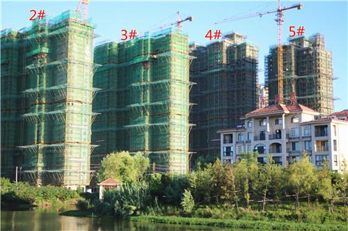 卓瑞北宸龙湖湾8月工程进度:2#楼已建至24层