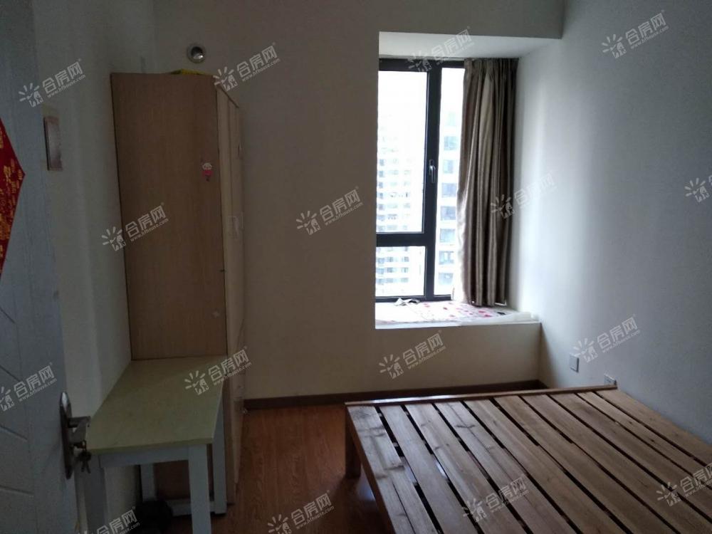 [融创城]融科城一期精装两房出租