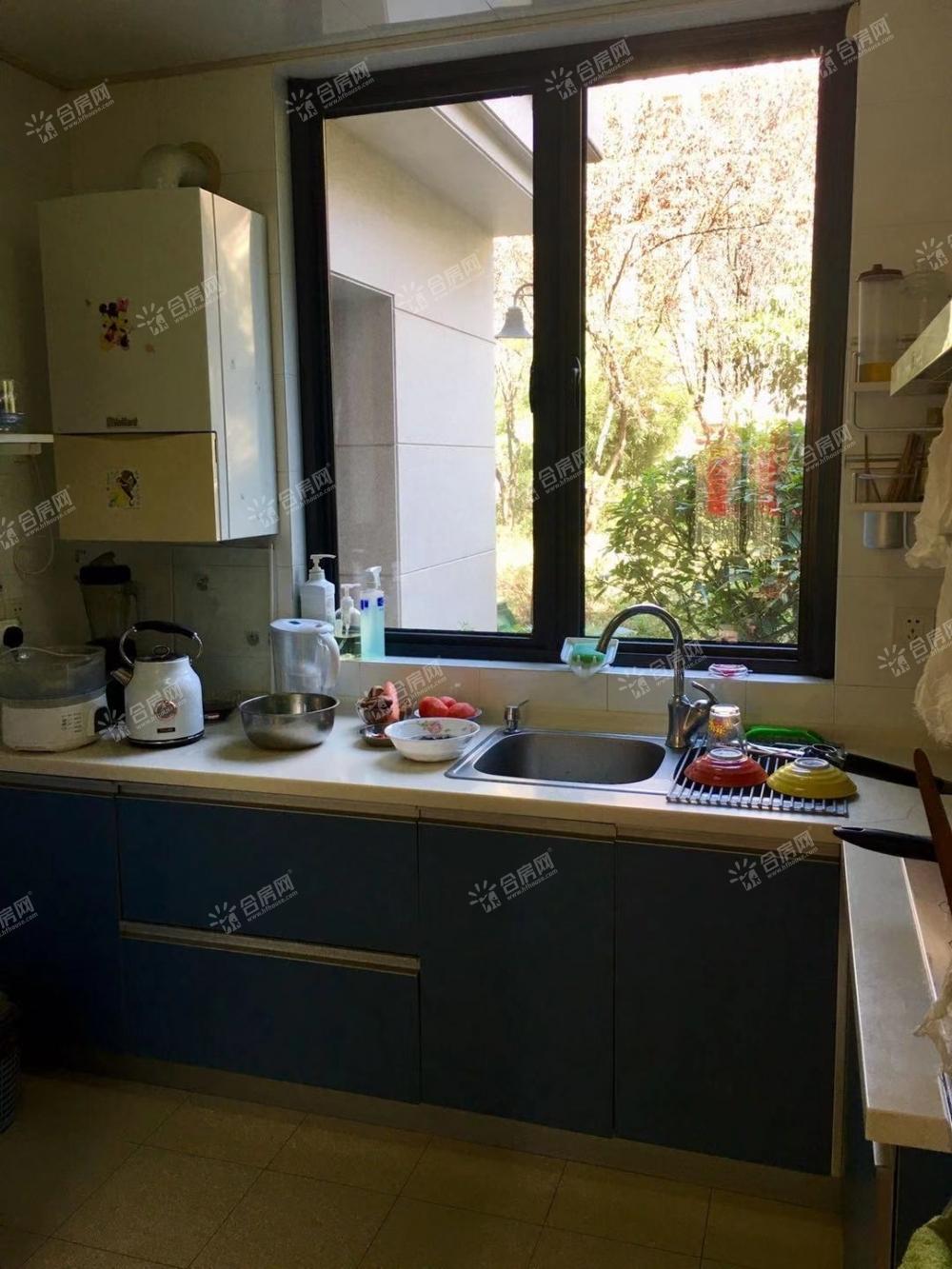 [绿城桂花园]房主直售!绿城桂花园一楼、无遮挡精装2室2厅、98平米带院子
